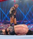 WWE_Monday_Night_Raw_2020_09_21_720p_HDTV_x264-NWCHD_mp40997.jpg